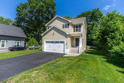 Southborough Single Family Home For Sale: 69 Southville Rd