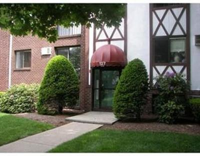 Franklin Condo/Townhouse Contingent: 127 King Street #110