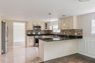 Hingham Single Family Home For Sale: 44 Cushing St