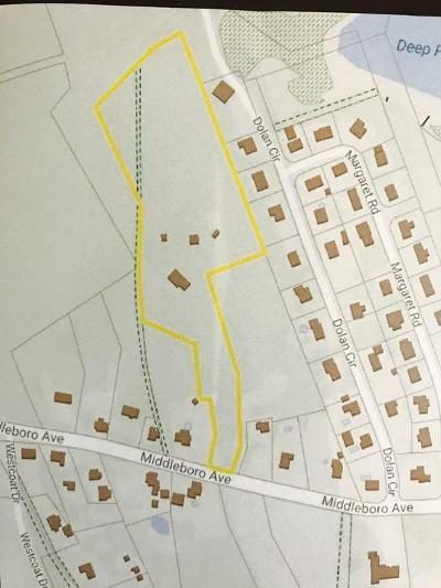 Taunton Single Family Home For Sale: 876 Middleboro Ave