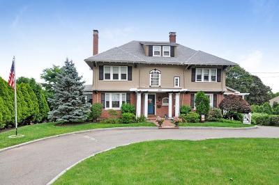 Arlington Single Family Home For Sale: 363 Mystic St