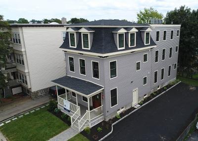 Condo/Townhouse New: 12 Centre Ave #B