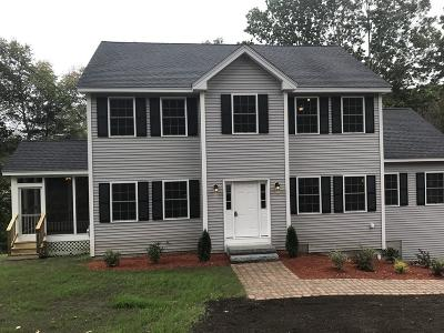 chelmsford Single Family Home For Sale: 150 Acton Rd