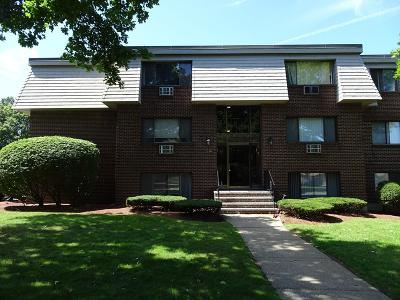 Burlington Rental For Rent: 12 Hallmark Gdns #2