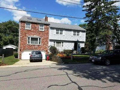 Lowell Single Family Home For Sale: 736 East Merrimack Street