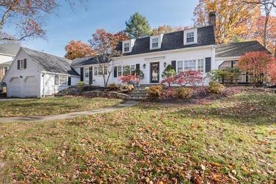 Wellesley Single Family Home For Sale: 96 Bristol Rd
