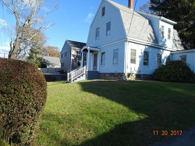 Middleboro Single Family Home For Sale: 65 Cambridge St.