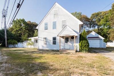 Middleboro Single Family Home For Sale: 73 Wareham St