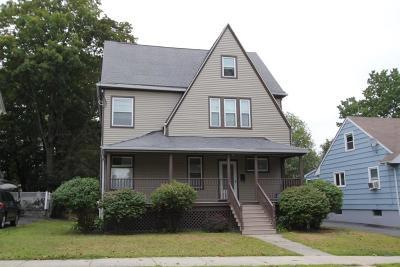Malden Single Family Home For Sale: 170 Webster St