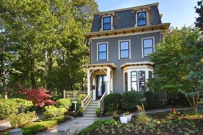 Single Family Home For Sale: 30 Elm St