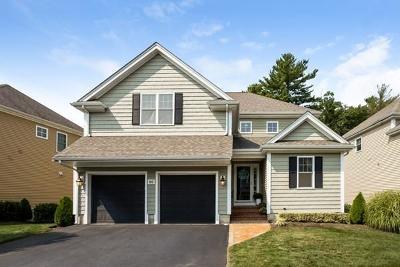 East Bridgewater Single Family Home For Sale: 60 Surrey Lane