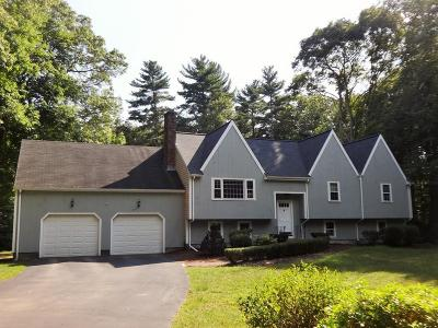Norwell Single Family Home For Sale: 32 Old Pottery Lane
