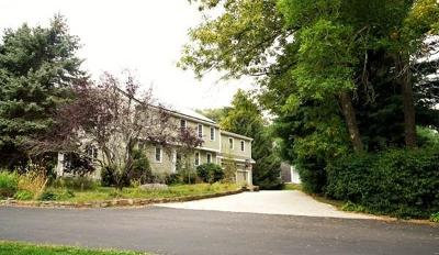 Cohasset Single Family Home For Sale: 18 Riverview Dr