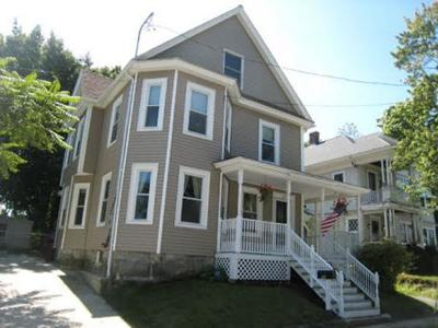Lowell Single Family Home For Sale: 10 Walden St