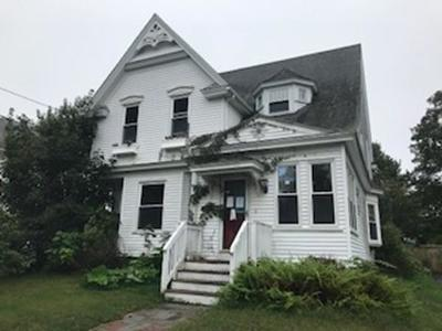 Middleboro Single Family Home For Sale: 19 Webster St
