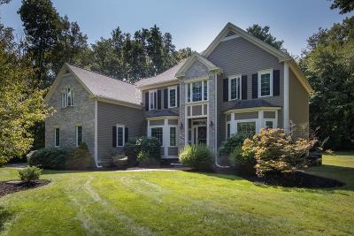 Single Family Home For Sale: 12 Canterbury Lane