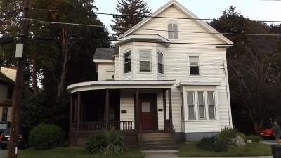 Woburn Rental Under Agreement: 9 Arlington Rd #1
