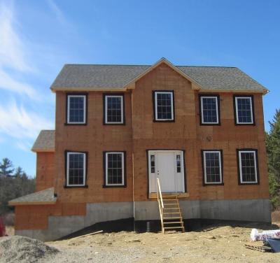 Middleboro Single Family Home For Sale: 122 Cedar St