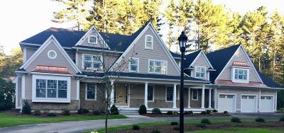 Needham Single Family Home For Sale: 87 Belle Lane