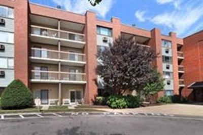 Condo/Townhouse For Sale: 4975 Washington St #409