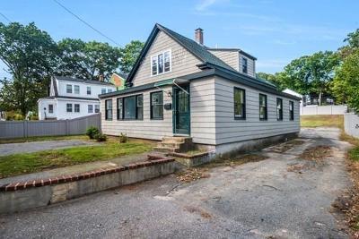 Woburn Single Family Home For Sale: 74 Merrimac Street