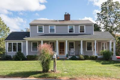 Cohasset Single Family Home For Sale: 18 Arrowood St