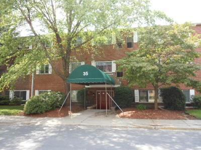 Woburn Rental For Rent: 35 Prospect Street #305