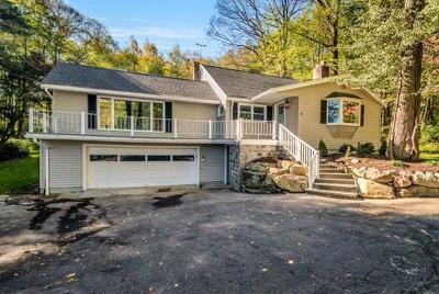 Hopkinton Single Family Home New: 28 Oakhurst Rd