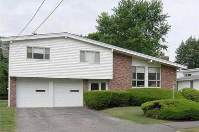 Newton Single Family Home Price Changed: 61 Esty Farm Rd