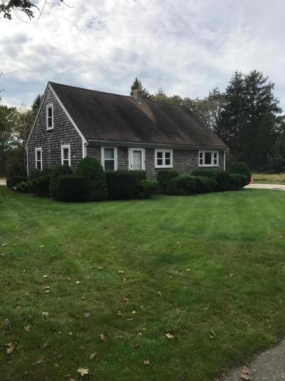 Falmouth Single Family Home For Sale: 8 Lewis Road