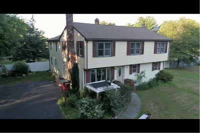 Middleboro Single Family Home For Sale: 18 Highland Str