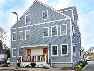 Condo/Townhouse For Sale: 873 Adams #873