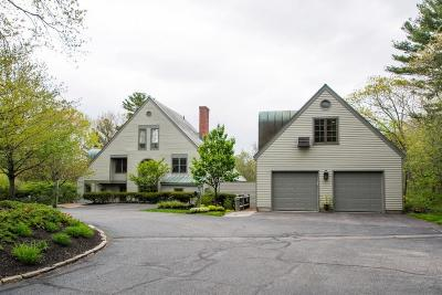 Dedham Single Family Home For Sale: 36 Jackson Pond Rd