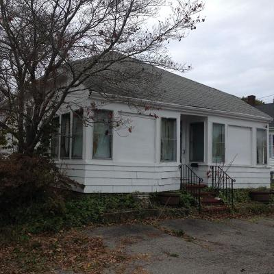 Taunton Single Family Home Contingent: 1197 Somerset Ave