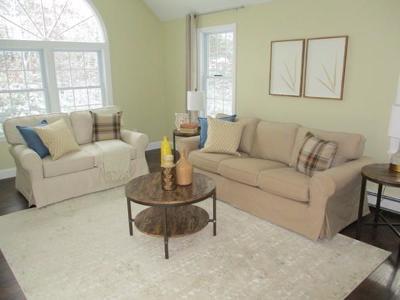 Mashpee Single Family Home For Sale: 170 Mashpee Neck Road