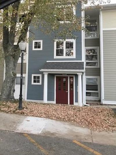 Burlington Rental : 26 Beacon St #46F