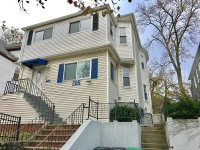 Somerville Condo/Townhouse For Sale: 285 Alewife Brook Pkwy #2