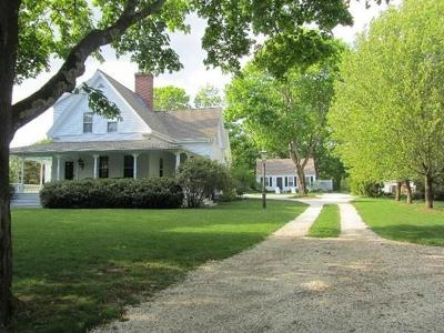 Barnstable Single Family Home For Sale: 306 W Bay St