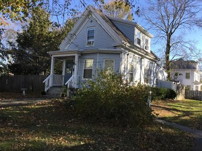 Brockton Single Family Home For Sale: 54 Taylor Ave
