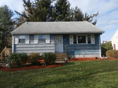 Brockton Single Family Home For Sale: 61 Emory St