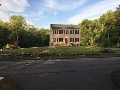 Berkley Single Family Home For Sale: 31 Plain St. E