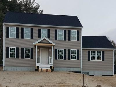 Bellingham Single Family Home For Sale: 208 Wrentham Rd