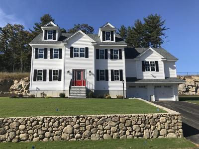 Billerica Single Family Home For Sale: 12 Fieldstone Lane