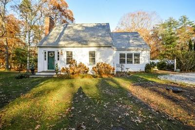 Barnstable Single Family Home For Sale: 8 Eastwood Ln
