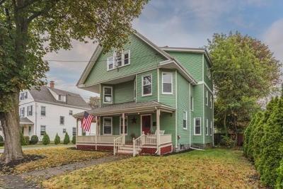 Milton Single Family Home For Sale: 21 Eaton St