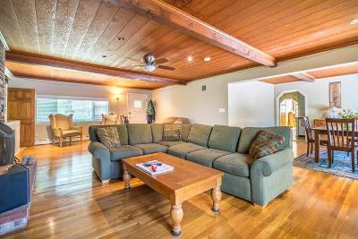 Hingham Single Family Home For Sale: 136 Nokomis Rd