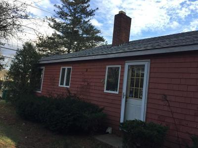 Pembroke Single Family Home Under Agreement: 115-117 School Street