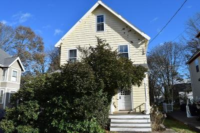 Newton Single Family Home For Sale: 14 Owatonna St
