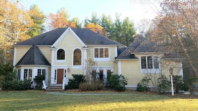Bedford Single Family Home For Sale: 33 Robinson Dr