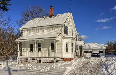 Derry Single Family Home For Sale: 71 Franklin Street